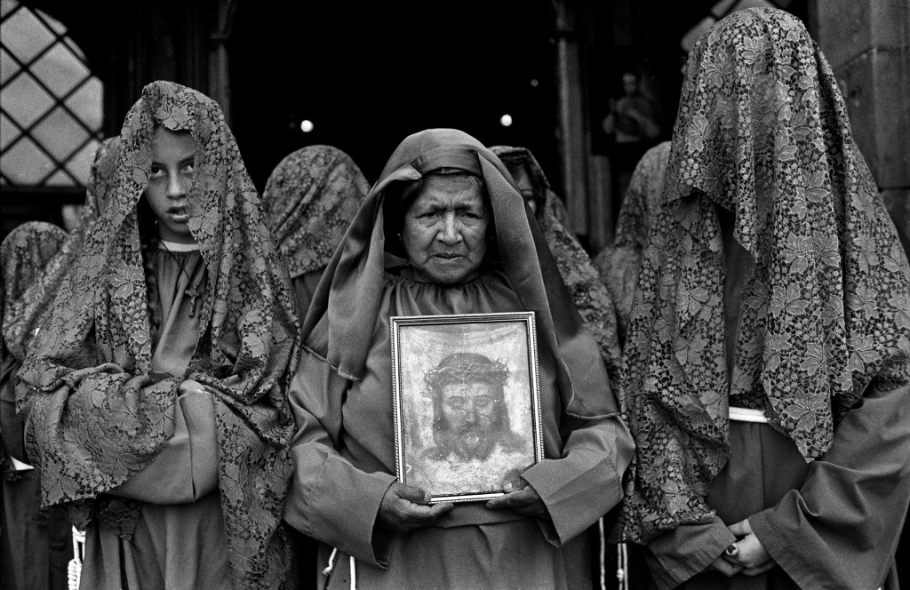 Rituales de semana santa en Quito. Otro cielo no esperes